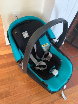 Peg perego infant car seat with base good used cond for Sale in Shreveport, LA