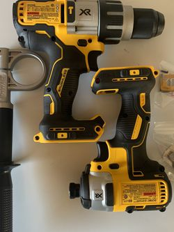 DEWALT 20-Volt MAX XR Cordless Brushless Hammer Drill/Impact Driver (TOOLS ONLY) for Sale in Portland,  OR
