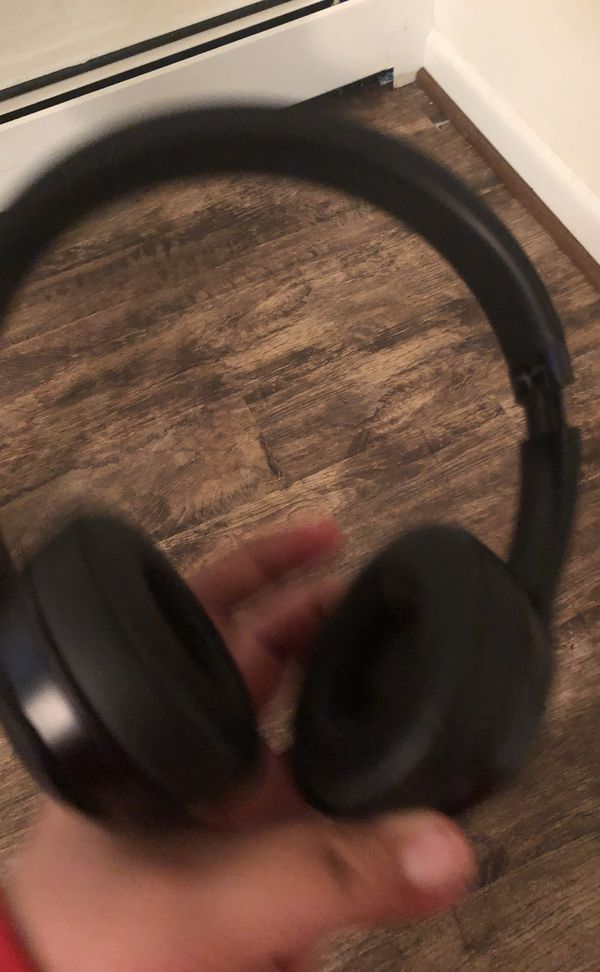 Beats solo 3 and Sony speaker