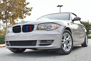 2009 BMW 128i Convertible 6 Speed Manual Transmission Clean Title for Sale in San Angelo, TX