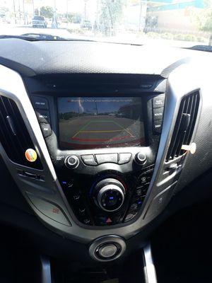2013 hyundai veloster for Sale in Fort Worth, TX