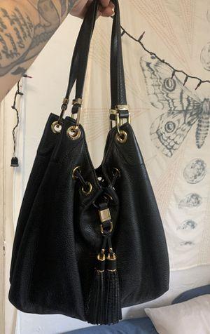 Michael Kors Shoulder Bag for Sale in Hialeah, FL