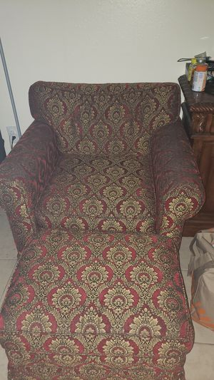 Chair with ottoman for Sale in Winter Haven, FL