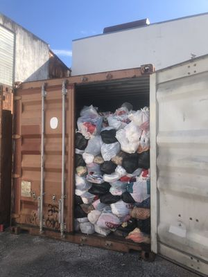 (FREE) Complete contents of (2) 20' Containers for Sale in Hialeah, FL