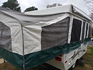 2010 palimino pop-up camper for Sale in Waldorf, MD