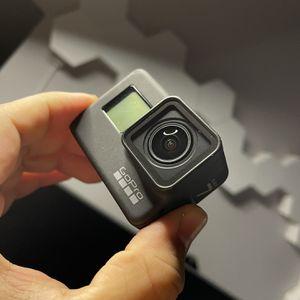GoPro Hero 7 Black Bundle for Sale in Los Angeles, CA