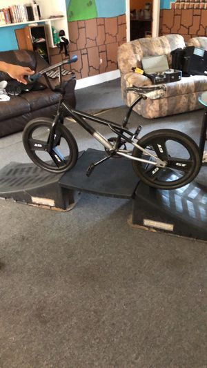 Bike and ramp ! Best deal for Sale in San Angelo, TX