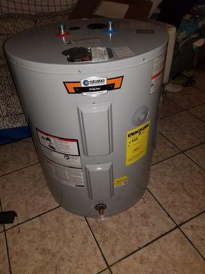 State 48 Gallon Water Heater for Sale in Miami, FL