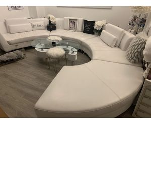 Modern white sectional couch for Sale in Oxon Hill, MD