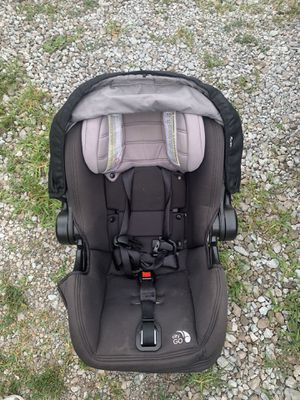 Infant car seat for Sale in Southport, IN