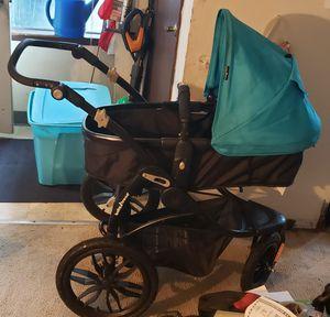 Baby trend manta snap gear jogging stroller for Sale in Portland, OR