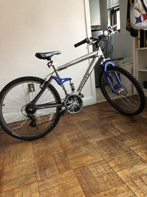 Mens' 26 inch bike for Sale in Hyattsville, MD