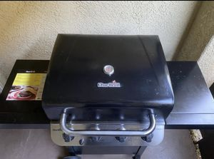 Bbq grill for Sale in Harbison Canyon, CA