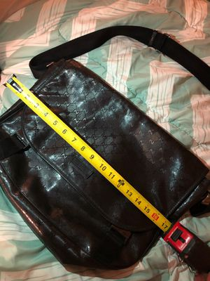 Gucci black messenger bag for Sale in Stockton, CA