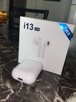 I13 AirPods for Sale in Paterson, NJ