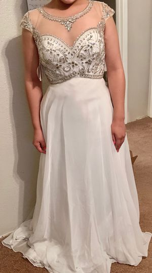 White Evening Dress Size 8 for Sale in Houston, TX