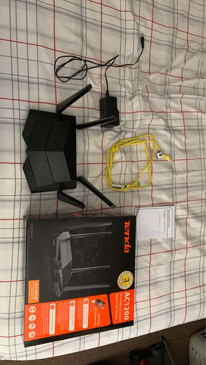 Router Tenda AC1200 DUAL BAND for Sale in Malden, MA