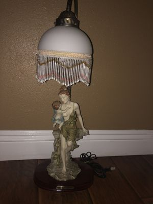 beautiful antique lamp for Sale in Fountain Valley, CA