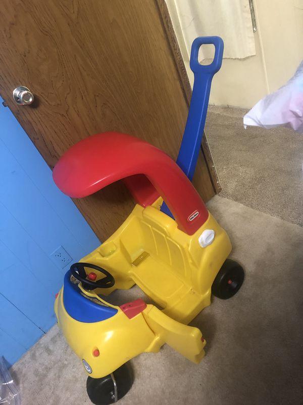 Cozy coupe kids car