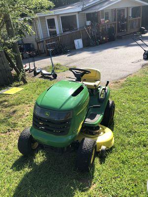 John Deere Riding Mower L 100 for Sale in Dallas, GA