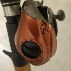 Bait Caster Fishing Rod $50 for Sale in Homestead, FL