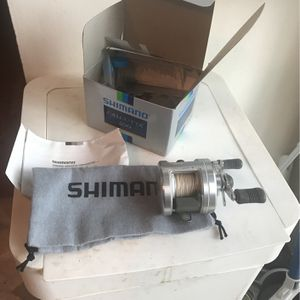 Shimano Calcutta 200 Right Hand Retrieve for Sale in Milwaukie, OR