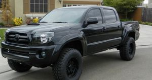 On sale 2007 Toyota Tacoma Clear Title for Sale in South Bend, IN