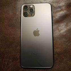 IPhone 11 Pro -- ATT Network -- 64 GB -- LIKE NEW . 10/10 (Price is Firm) for Sale in Chicago,  IL