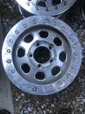 TrailReady Beadlocks Rims 5x5.5 for Sale in Twin Peaks, CA