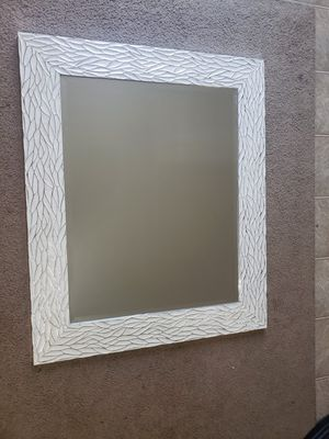 3 ft X 2.5 ft wall mirror for Sale in WHT SETTLEMT, TX