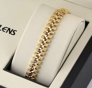 New Yellow Gold Filled 18K 12MM Link Bracelet for Sale in Las Vegas, NV