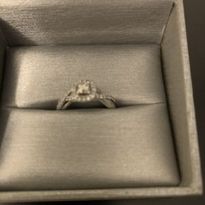 Zales Jewelry Engagement Ring for Sale in Greenville, SC