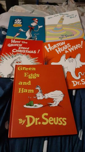 DR. SUESS LONGER BOOKS LOT OF 5 AWESOME BOOKS for Sale in Ormond Beach, FL