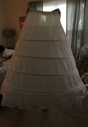 4 ring petticoat/ gown slip/ underskirt for Sale in Germantown, MD