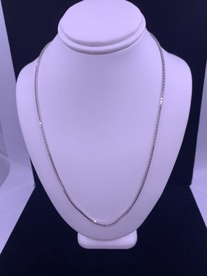 """White Gold Box Link Chain 7.2g 18kt 16.5"""" for Sale in Phoenix, AZ"""