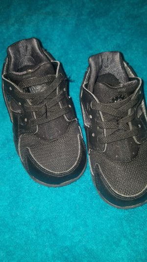 Baby nike huarache size 7c for Sale in Kent, WA