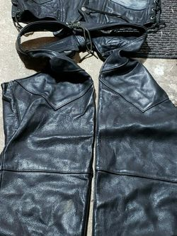 Leathers- Used Great Condition w/2 Helmets for Sale in Federal Way,  WA