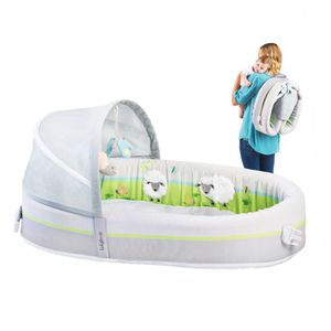 Baby bassinet and newborn tub for Sale in Sudley Springs, VA