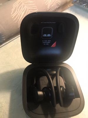 Totally wireless beats like new for Sale in Richmond, VA