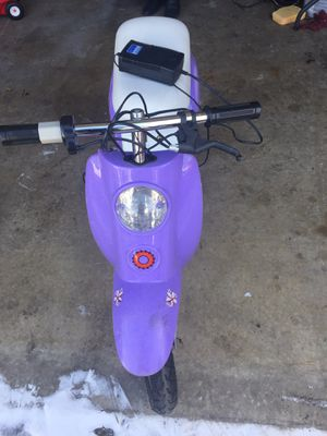 Electric kids girl bike for Sale in St. Louis, MO