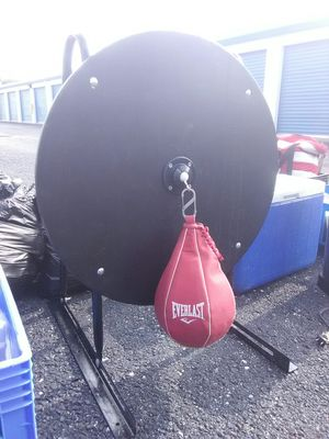 Title speed bag for Sale in Indianapolis, IN