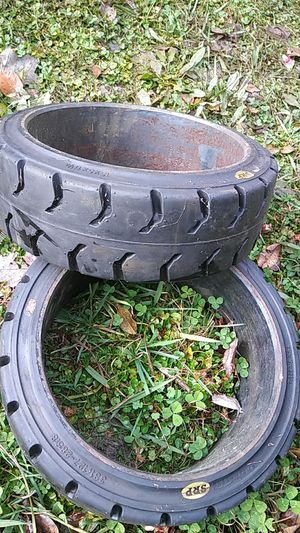 Brand new mounted forklift tires 15× 5 ×11 and 1/4 for Sale in Chesapeake, VA