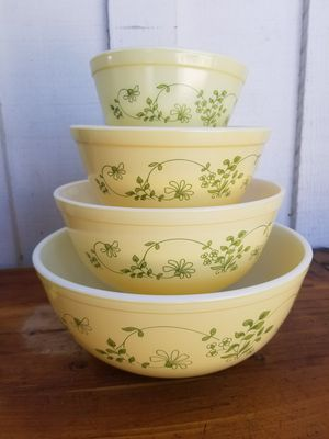 Pyrex Mixing Bowls for Sale in Whittier, CA