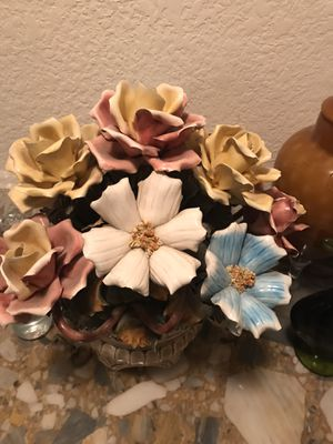 Porcelain flowers for Sale in Rancho Cucamonga, CA