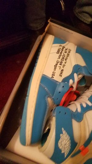 Authentic OFF WHITE U N C JORDAN 1 SIZE 10 for Sale in LRAFB, AR