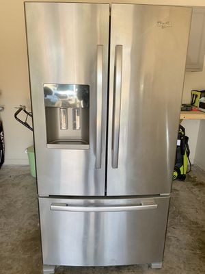 Whirlpool French Door Refrigerator - Pick up only for Sale in Mansfield, TX