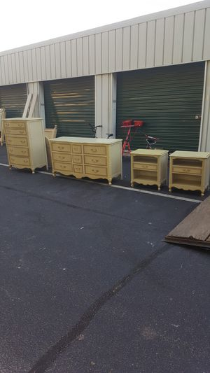 Drexel furniture bedroom set for Sale in North Chesterfield, VA