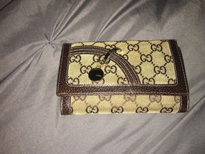 Gucci wallet for Sale in Lathrop, CA