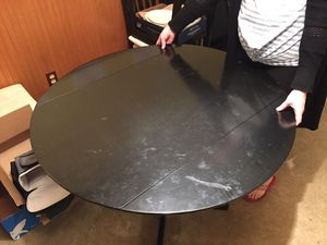 Kitchen table with 4 chairs for Sale in Federal Way, WA