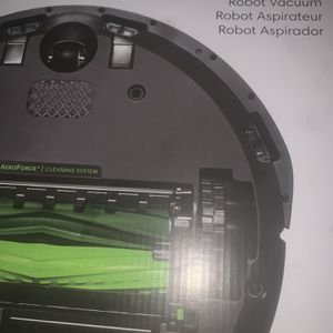 Robot Roomba E5 for Sale in Beverly Hills, CA